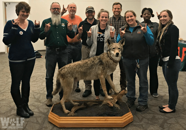 wolves4wolves_logo